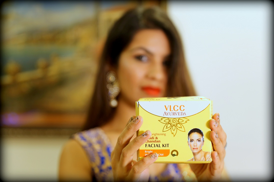 vlcc ayurveda, vlcc ayurvedic facial kit, vlcc massage, colossalcloset, mansi wadhwa, beauty blogger